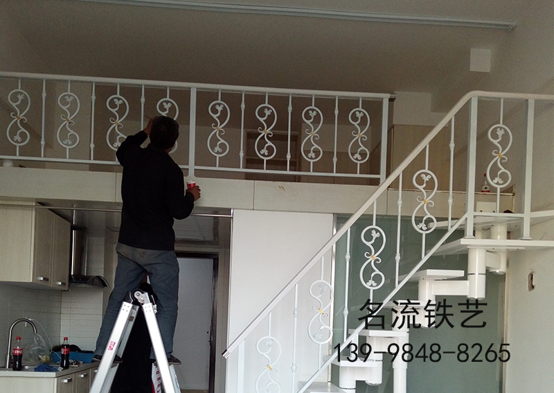 钢木楼梯厂家